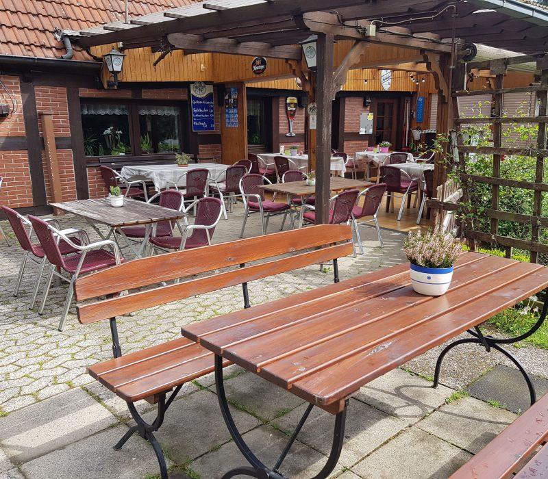 Biergarten Getränke Ortmühle